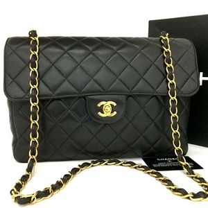 100% Auth CHANEL Jumbo 30 Quilted Lambskin Bag